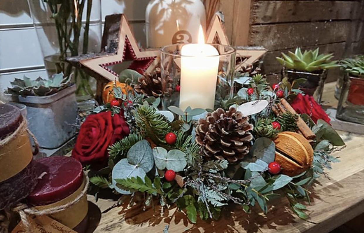 Christmas Table Centre